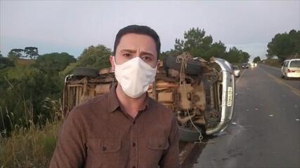 Caminhonete se envolve em acidente na ERS-453, em Caxias do Sul