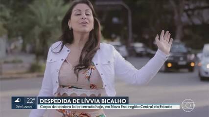 Corpo de cantora Lívvia Bicalho é enterrado em Nova Era