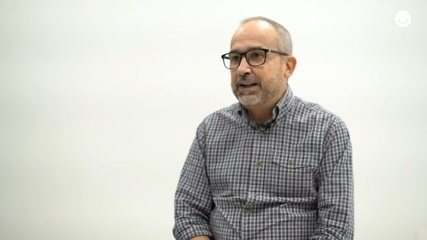 Chefe de redação da TV Subaé revela histórias engraçadas durante a cobertura da festa