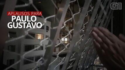 Moradores do Rio fazem um grande aplauso em homenagem a Paulo Gustavo