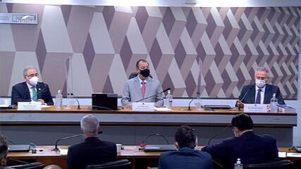 VÍDEO: Senadores pressionam Queiroga a responder sobre a cloroquina