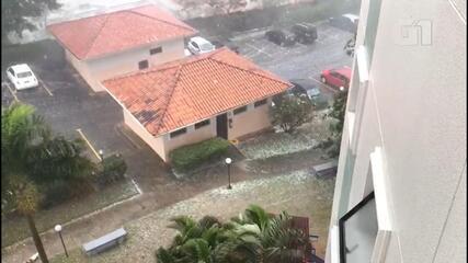 Moradores registram chuva de granizo em Jundiaí; vídeo