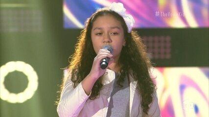 Vitória Heck canta 'Manhãs de Setembro'