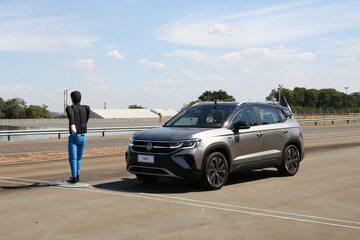Como funciona o robô da VW que ajuda no desenvolvimento do ACC e da frenagem autônoma