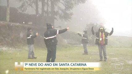 Neva pela primeira neve, este ano, em Santa Catarina