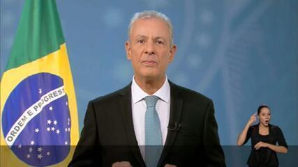 Ministro de Minas e Energia faz pronunciamento sobre fornecimento de eletricidade diante de crise hídrica