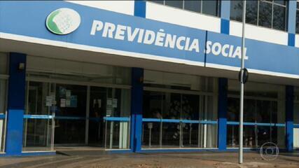 Mais de 2 milhões de brasileiros aguardam aprovação de pedidos de benefícios do INSS