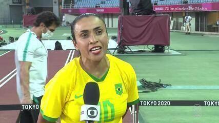 """Marta comemora goleada da Seleção na estreia: """"Começamos com o pé direito"""""""