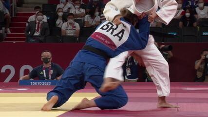Gabriela Chibana perde para a kosovar Distria Krasniq e está eliminada da olimpíada