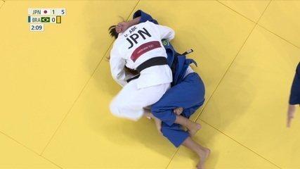 Larissa Pimenta não supera japonesa e é eliminada do Jogos de Tóquio