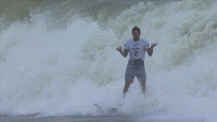 Veja as ondas de Gabriel Medina e Kanoa Igarashi