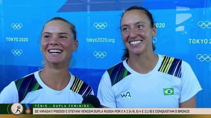 """Luisa Stefani e Laura Pigossi analisam trajetória e comemoram primeira medalha do Brasil no tênis: """"Vivendo esse sonho juntas"""""""