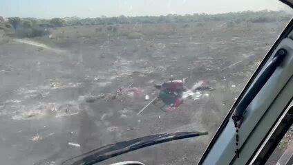 Vídeo: Helicóptero com 300 kg de cocaína cai em fazenda em MT
