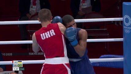 2º round novamente para Khyzhniak na preferência dos cinco juízes - Olimpíadas de Tóquio