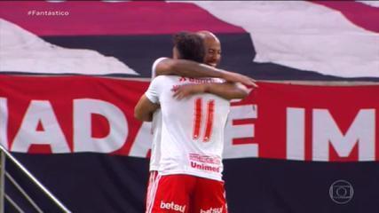 Gols do Fantástico: Internacional goleia o Flamengo no Maracanã