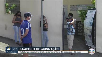 Prefeitura testa agendamento de vacinação contra a Covid-19 para pessoas de 30 anos em BH