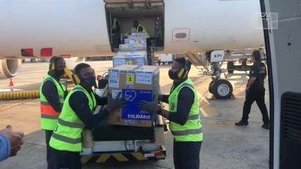 Novo lote com mais de 74 mil doses da vacina contra a Covid-19 chega à Bahia