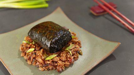 Salmão nori e arroz de maracujá