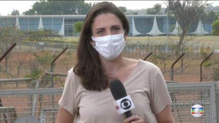 Presidente Bolsonaro e comitiva cumprem quarentena recomendada pela Anvisa