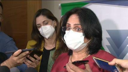Damares Alves: 'Ou tem verba para comprar vacina, ou o governo gasta com absorvente'