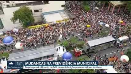 Servidores municipais protestam contra mudanças na Previdência da capital