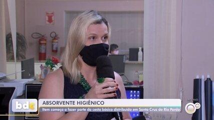 Mulheres em situação de vulnerabilidade recebem absorventes em Santa Cruz do Rio Pardo