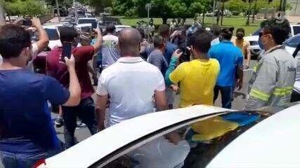 Motorista de aplicativo acusa policial de agressão durante manifestação em Teresina