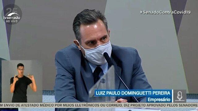 O vendedor Luiz Paulo Dominguetti reafirmou à CPI da Covid, nesta quinta-feira (1), a denúncia de que o ex-diretor do Ministério da Saúde Roberto Dias pediu propina de US$ 1 por dose de vacina