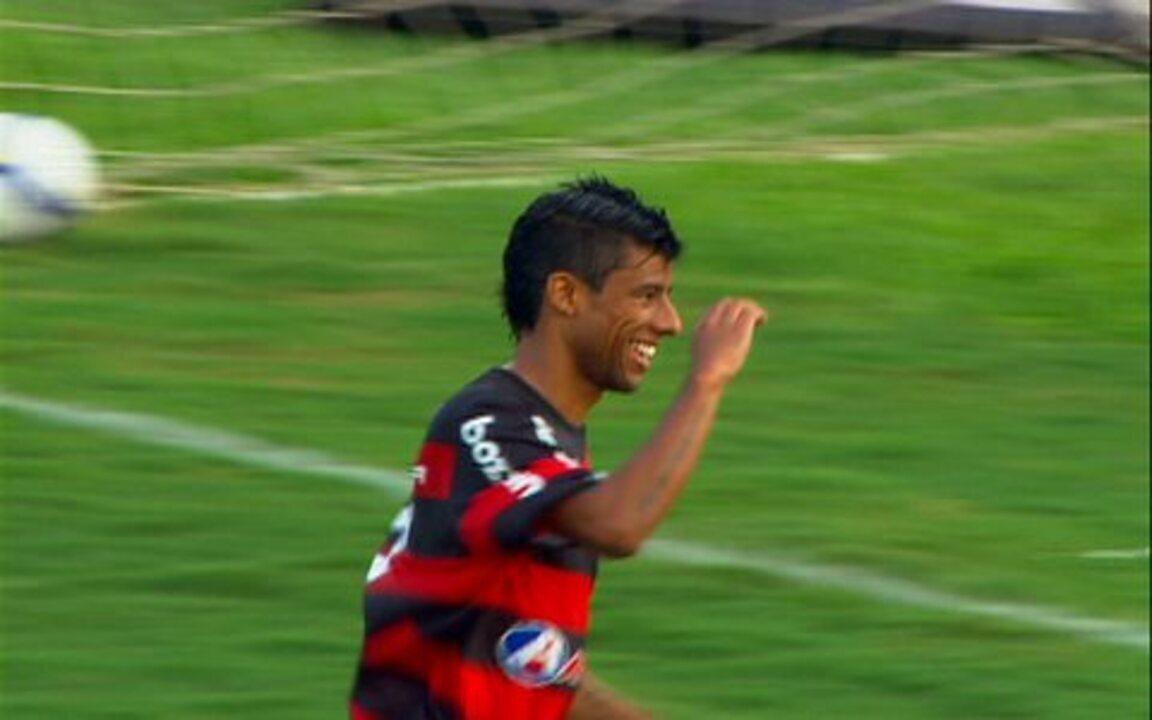 Os gols de Corinthians 0 x 2 Flamengo pela 37ª rodada do Brasileirão 2009