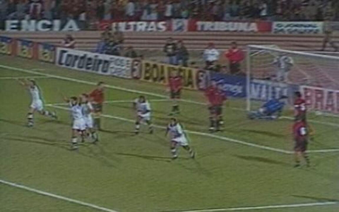 Em 1997, Corinthians goleia o Atlético-PR por 6 a 2 pela Copa do Brasil