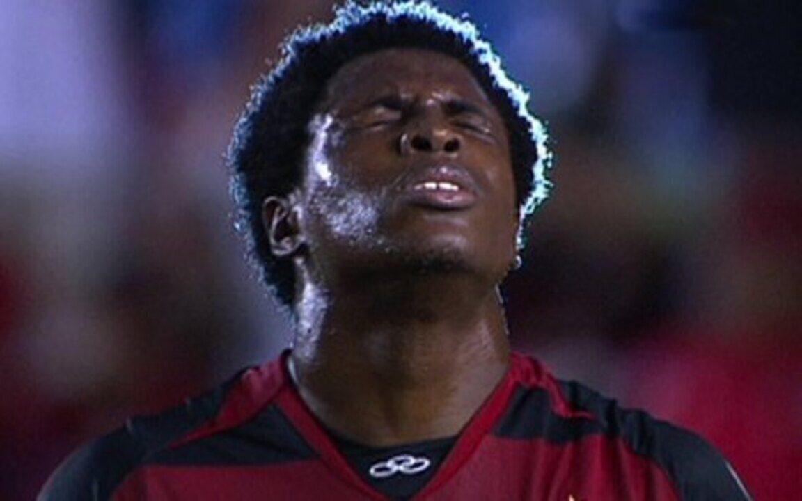 Diego Maurício se emociona ao comentar boa estreia no time profissional do Flamengo