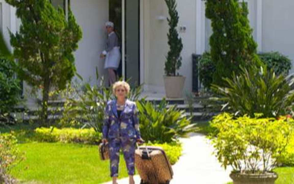 Passione - capítulo de quinta feira, dia 30/09/2010, na íntegra - Clô vai embora da casa do Jardim América