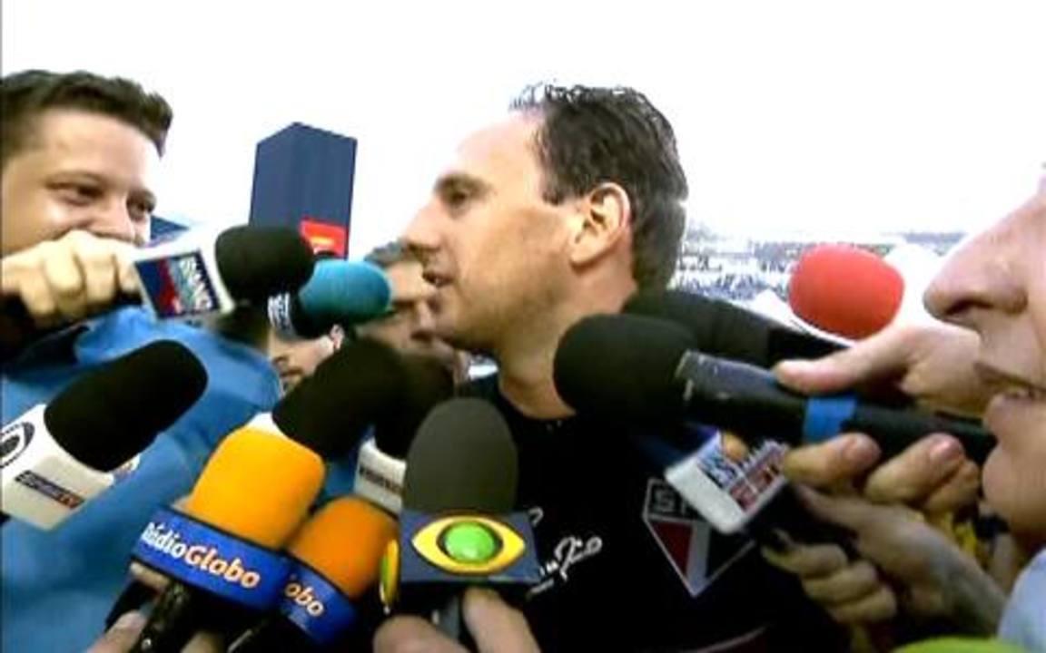 Rogério Ceni, sobre o centésimo gol: `Foi como eu queria, de falta, e decidindo um jogo`