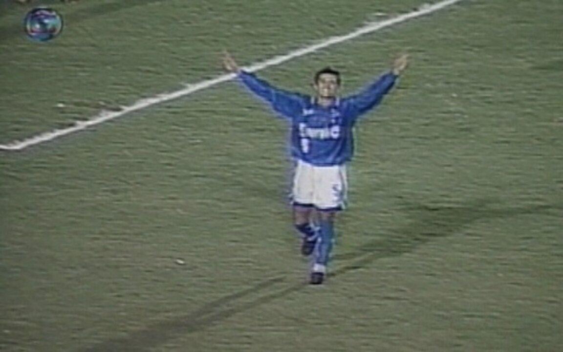 Em 1997, Cruzeiro elimina o Grêmio da Libertadores em pleno estádio Olímpico