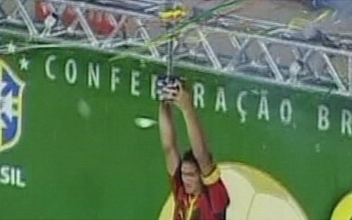 Em 2008, Sport vence por 2 a 0 o Corinthians e é campeão da Copa do Brasil