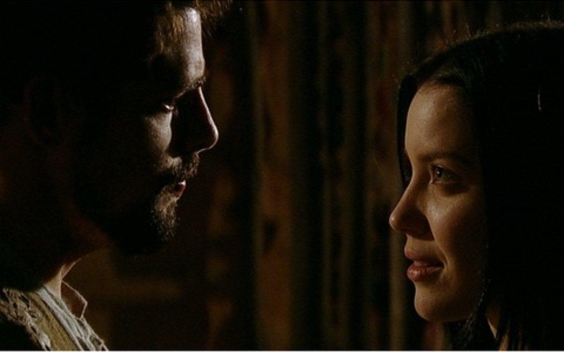 Capítulo de 16/07/2011 - Úrsula sofre no acampamento de Herculano. Timóteo promove Rainha Helena a cozinheira. Timóteo sugere que Fausto se case com Carlota, e ela decide se vingar