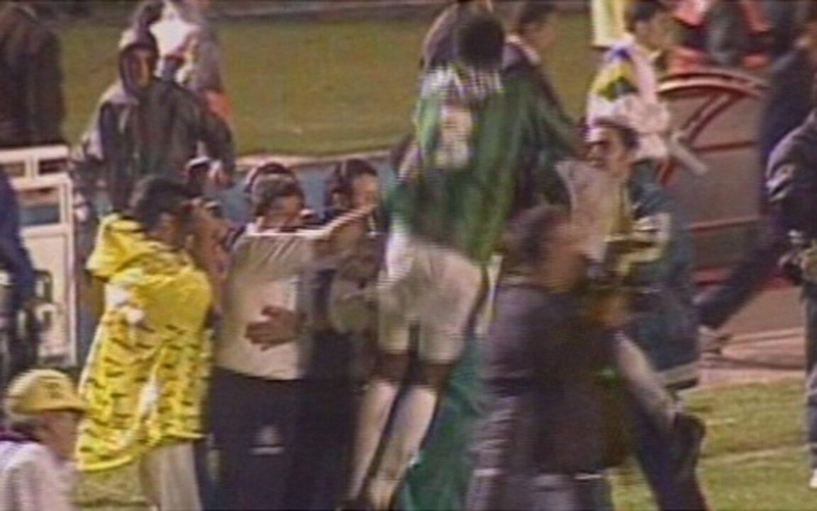 Em 1998, Palmeiras vence Cruzeiro por 2 a 0 na final da Copa do Brasil