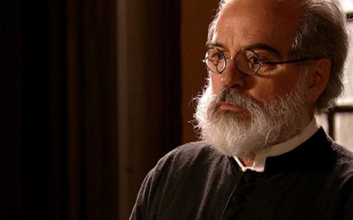 Capítulo de 10/08/2011 - Padre Joaquim pressiona Patácio a assumir Nidinho
