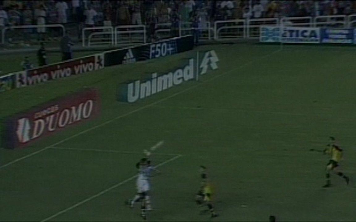 Em 2005, Fluminense vence Volta Redonda por 3 a 1 pela final do Campeonato Carioca