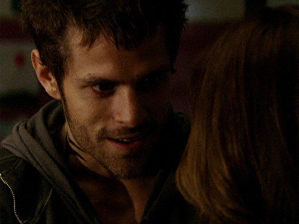 Malhação - Capítulo de quinta-feira, 29/09/2011, na íntegra - Moisés provoca Alexia dando em cima de Natália
