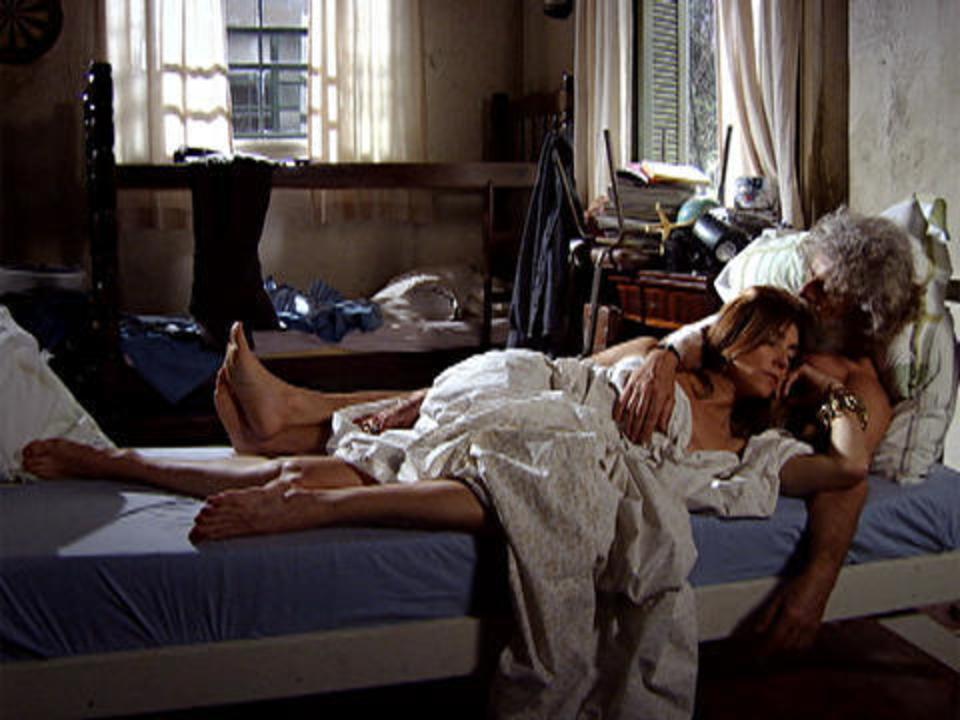 Fina Estampa - Capítulo de sábado, 03/12/2011, na íntegra - Teodora vê Tereza Cristina aos beijos com Pereirinha