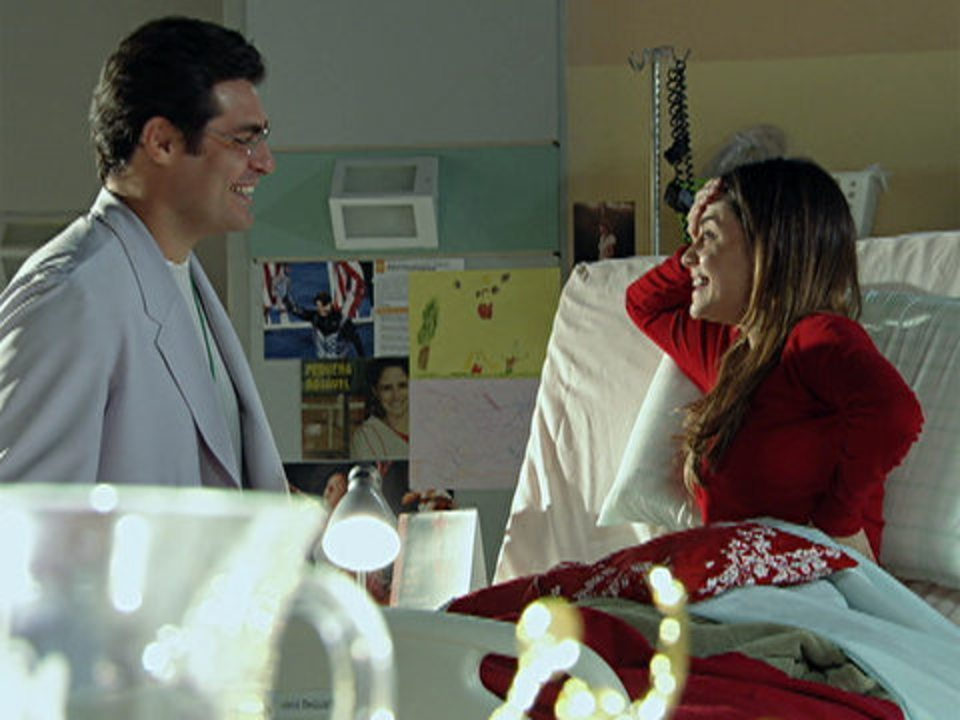 A Vida da Gente - capítulo de segunda-feira, dia 05/12/2011, na íntegra - Lúcio avisa a Ana que ela está prestes a ter alta