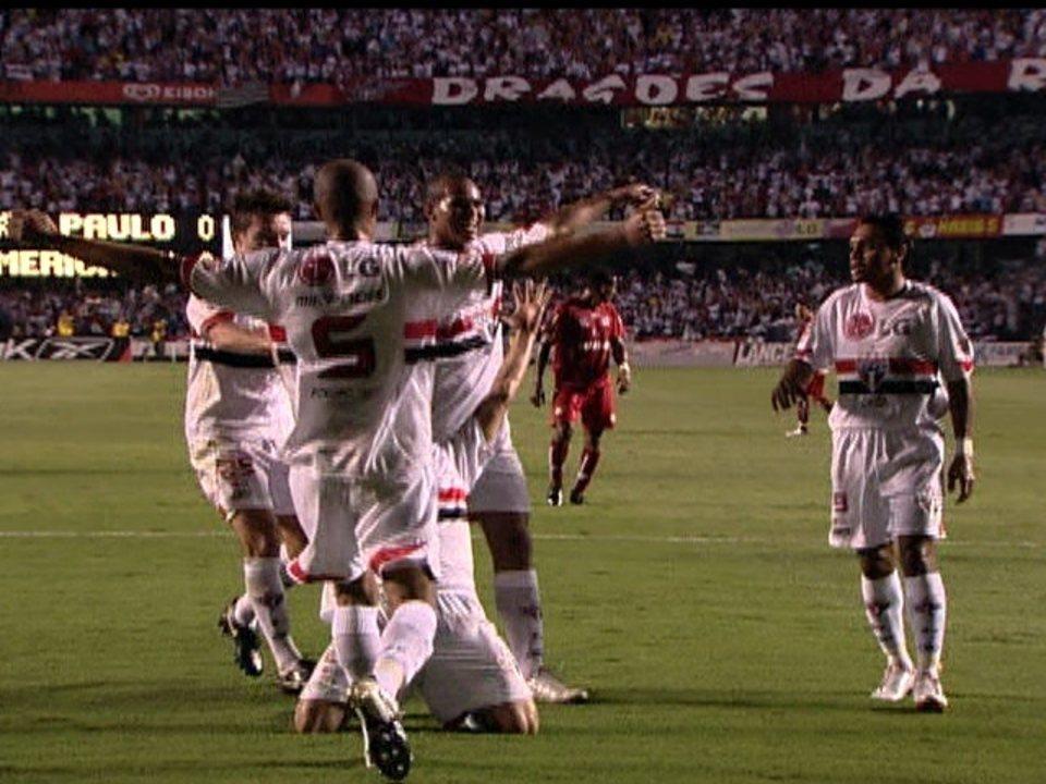 Em 2007, São Paulo bate o América-RN por 3 a 0 na 34ª rodada