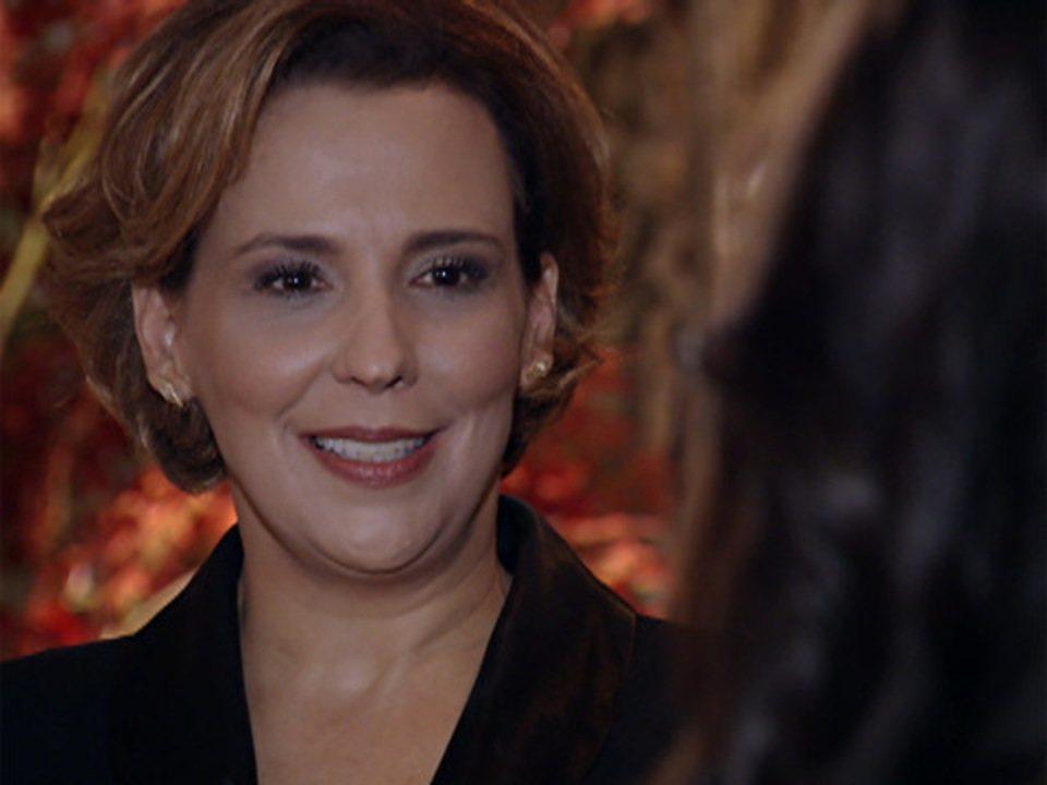 A Vida da Gente - Capítulo de terça-feira, 20/12/2011, na íntegra - Eva chega à festa de Manuela
