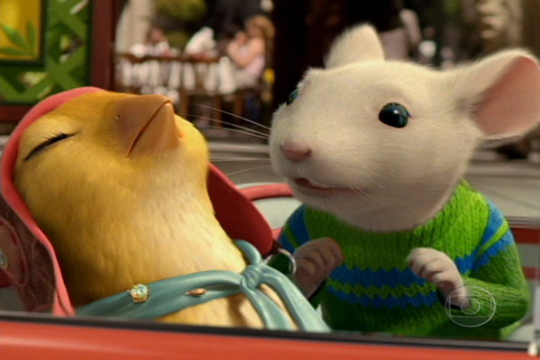 stuart little play essay Stuart little is no ordinary mouse born to a family of humans, he lives in new  york city with his loving parents, mr and mrs little, his older.