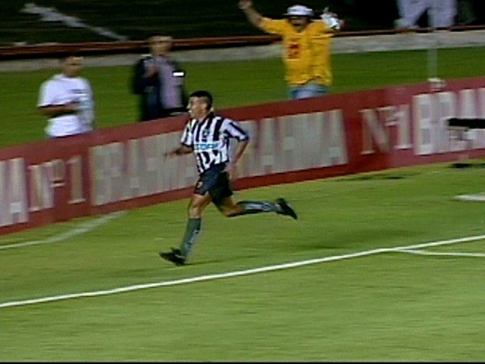Em 1997, Botafogo vence o Vasco por 1 a 0 e conquista o Campeonato Carioca