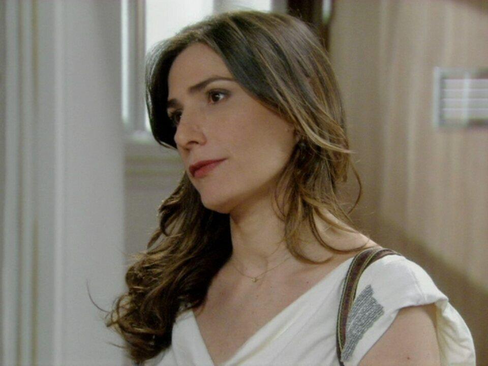 Malhação - Capítulo de quarta-feira, dia 16/05/2012, na íntegra - Helena se recusa a mandar Carmem embora
