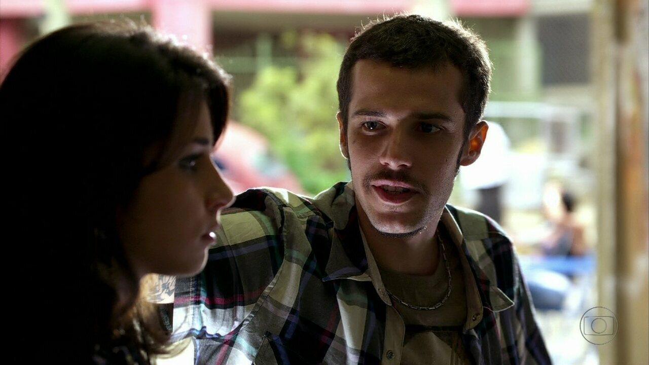 Cheias de Charme - Capítulo de quarta-feira, dia 23/05/2012, na íntegra - Brunessa conta para Rodinei que está grávida dele