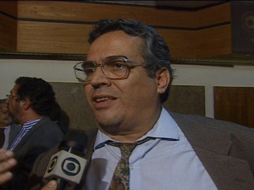 Em 1992, Eurico Miranda acusa o Flamengo e a CBF de corrupção no Campeonato Brasileiro