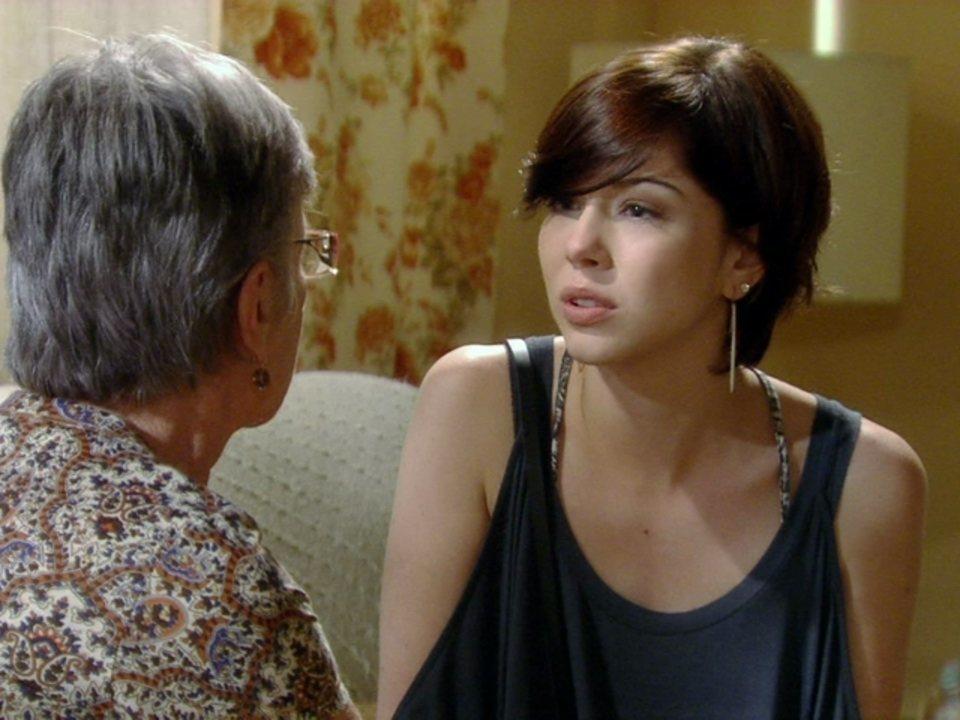 Malhação - Capítulo de terça-feira, dia 29/05/2012, na íntegra - Beatriz aconselha Alexia a lutar por Gabriel